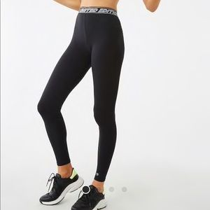 NWT, High Rise Black Legging